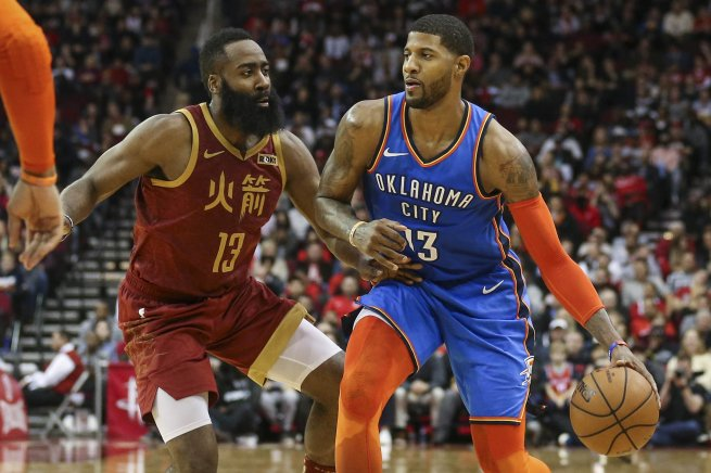 Houston Rockets vs. Oklahoma City Thunder, James Harden (13) vs. Paul George (13) (Foto: SITA/AP)